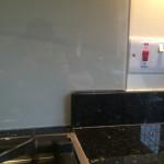 white cooker splashback corner